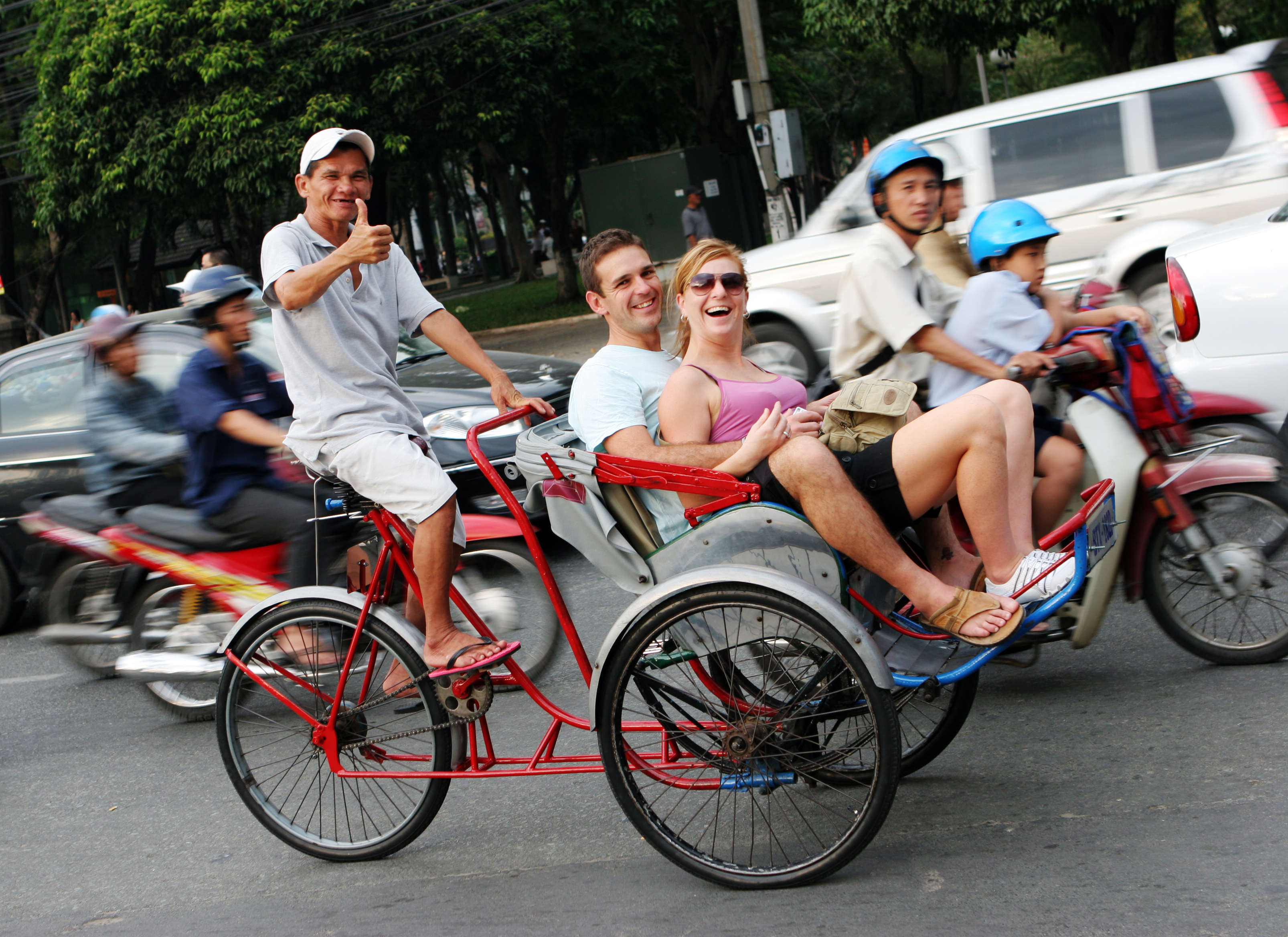 cyclo Hanoi, rejse til vietnam, check point travel