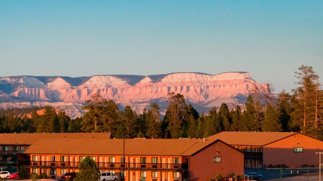 Bryce-View-Lodge-Sunset-fe.jpg
