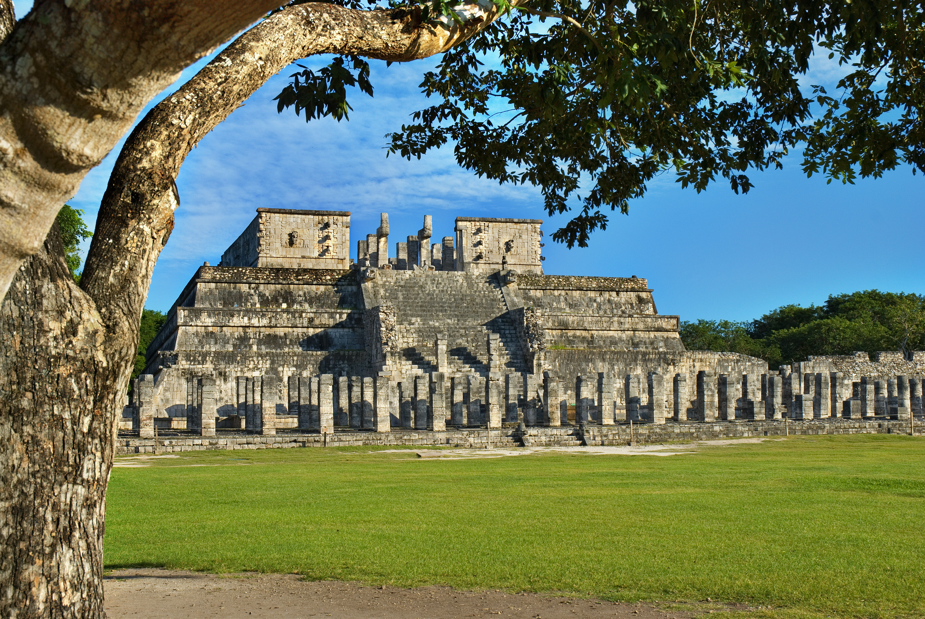 Plaza de las Mil Columnas, chichen itza, rejser til mexico, check point travel