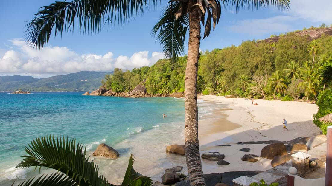 Anse soleil beachcomber-Seaview from Standard Rooms.jpg